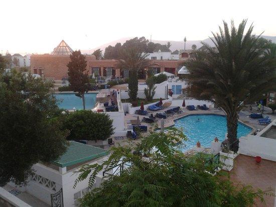 Agador Tamlelt: 2 des piscines où chacun trouve son bonheur
