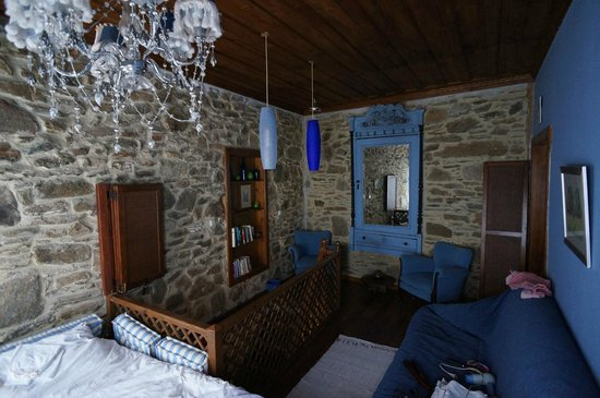 Terrace Houses Sirince: The Blue Bedroom in Fig House