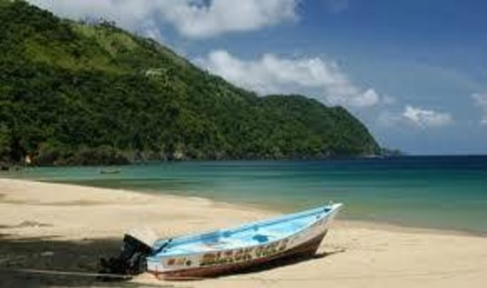 Las Cuevas Beach : far nort side of the beach