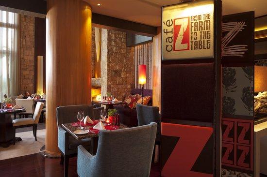 Cafe Z at Conrad Pezula