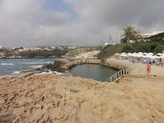 Cynthiana Beach Hotel: The beach lagoon