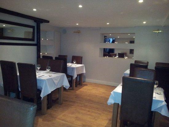 Tarragon Restaurant: Image inside