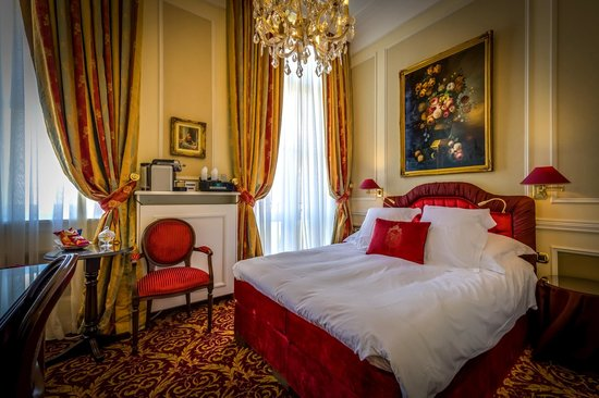 Hotel Heritage - Relais & Chateaux: Free Nespresso coffee & tea making facilities in all rooms!
