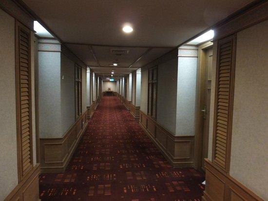 Grand Mercure Fortune Bangkok: 廊下