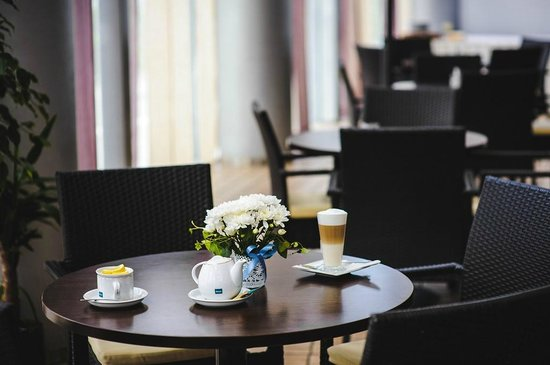 InterHouse Hotel: Cafe