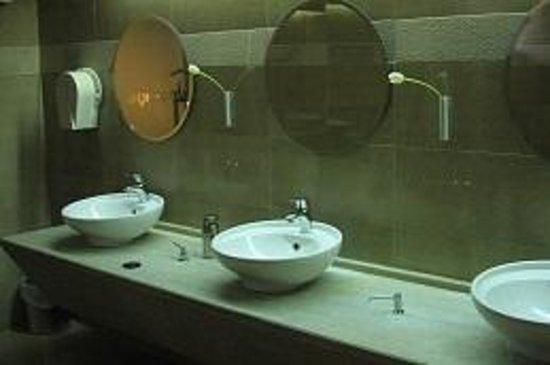 Verde al Mare Hotel: Public toiletes