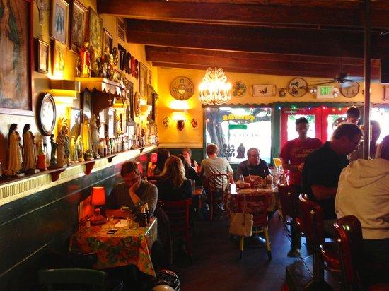 Joe's Taco Lounge & Salsaria: Restaurant