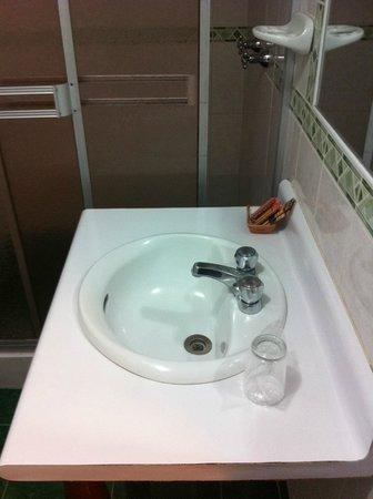 Santuario Hotel: Baño