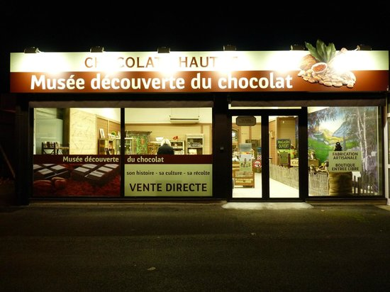 Chocolats Hautot : By night...