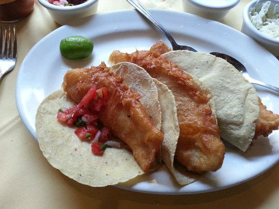 El Pegaso: Fish Tacos