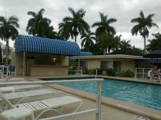 Sandrift Club: Swimming pool area