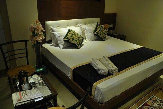 OYO 7684 Hotel Repose Villa: EXECUTIVE ROOM