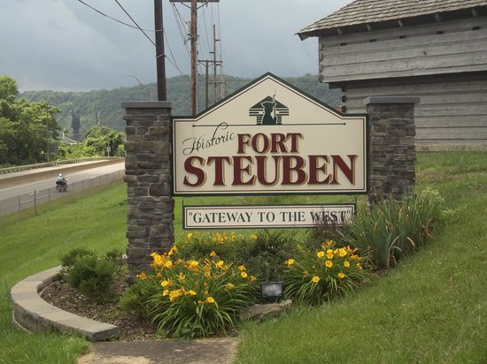 Steubenville, OH: The Fort Steuben Sign