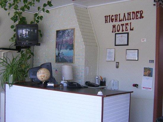 Highlander Motel : Office