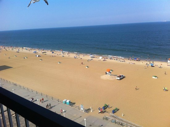 Econo Lodge Oceanfront : View from the 10th floor