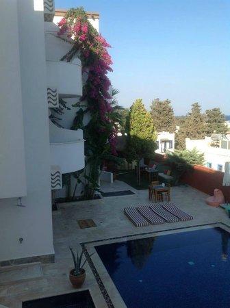La Brezza Suite & Hotel: Odadan Görünüşü.