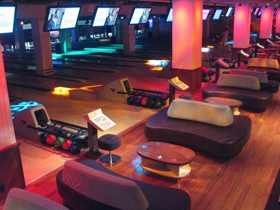 Frames Bowling Lounge - Picture of Frames, New York City - TripAdvisor