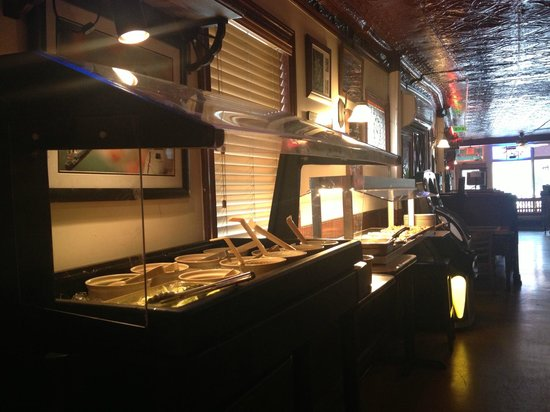 Uncle Jack's Pizzeria & Pub: Lunch Buffet Monday to Saturday 11-1:30pm