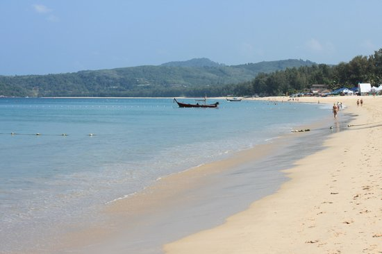 Dusit Thani Laguna Phuket : Plage privée de l'hôtel