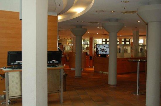 Mövenpick Hotel München Airport: Restaurante