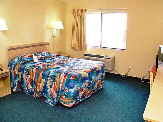 Motel 6 Canoga Park: MSingle