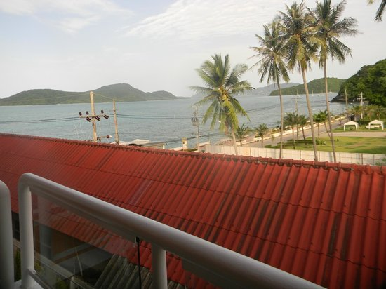 Kantary Bay, Phuket: View from bedroom....excellent!!!
