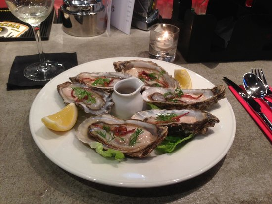 The Bangkok Bar: Carlingford Oysters served Thai Style!
