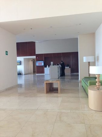 Fiesta Inn Toluca Aeropuerto: lobby