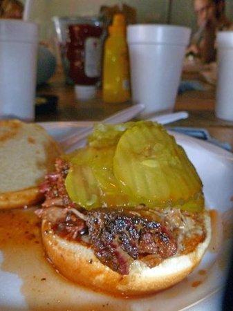 Saw's Juke Joint: Basic pork 'Q, extra pickles