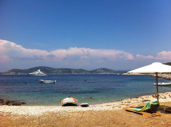 Pension Tonci: The beach (1 min from the Pension)