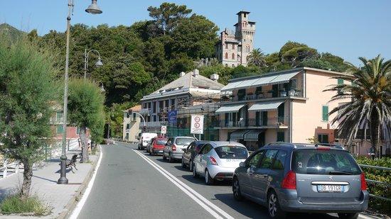 Ca d'Ancioa bed and breakfast : The Moneglia tunnel