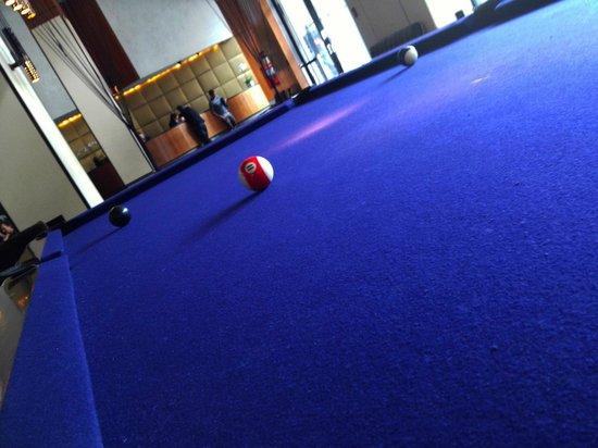 โรงแรมแกนเซอวอร์ท: Pool table in the lobby