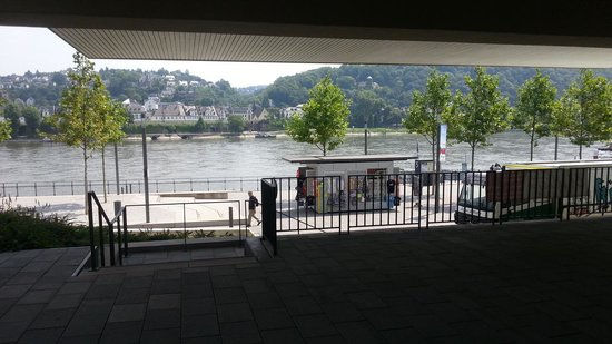 Cafe Einstein: The view from the terrace
