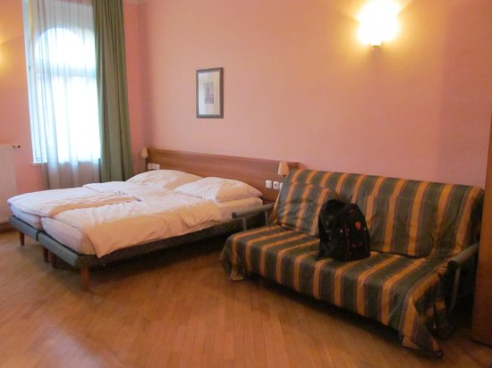 Residence Select Prague : letto+divanoletto