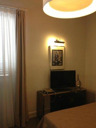 Vatican View: room