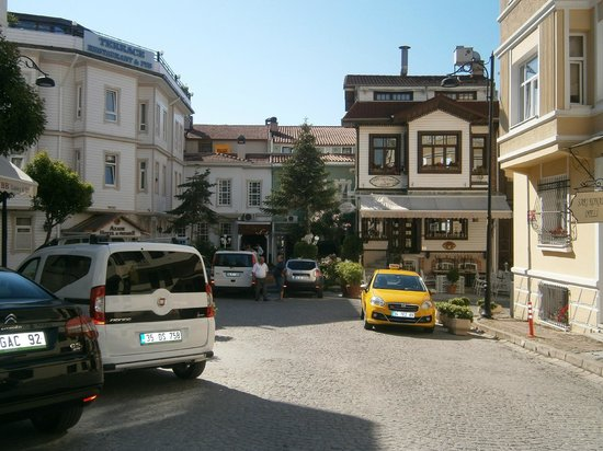 Historia Hotel : Κεντρικός Δρόμος