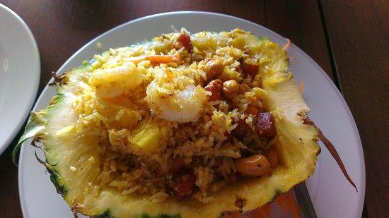 Happy Elephant: Thai Pineapple Fried Rice