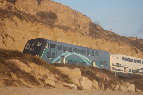 San Clemente State Beach: Train cruises by periodically