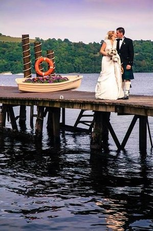 Duck Bay Hotel & Marina: amazing location for our wedding photos