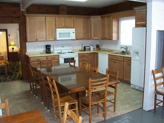 C2 Kitchen at White Lake Holiday Resort