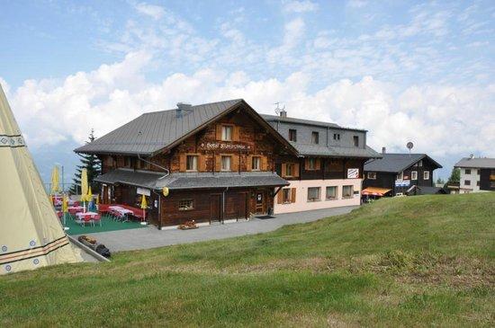 Rosswald, Switzerland: Hotel Aussenansicht