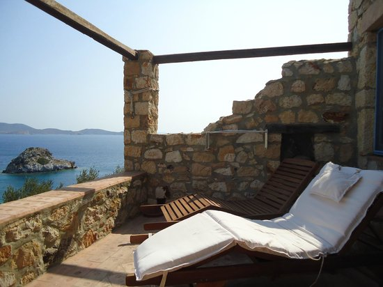 Eirini Luxury Hotel Villas: Balcony