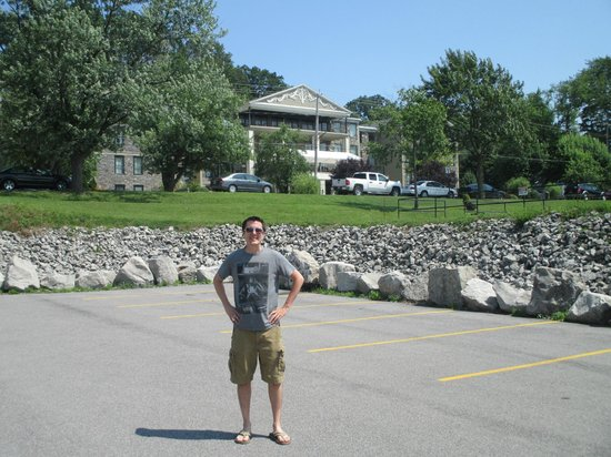 Niagara Crossing Hotel and Spa: My husband in front of hotel.