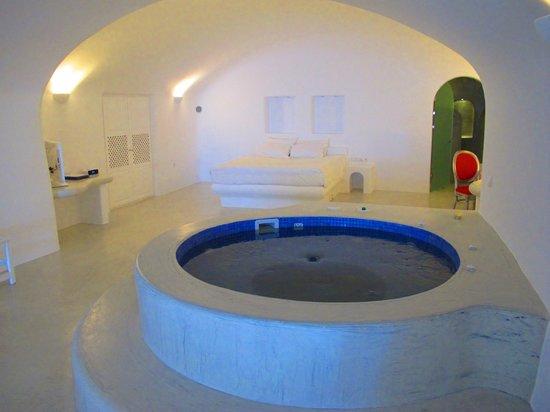 Pegasus Villas: Εσωτερικό τζακούζι