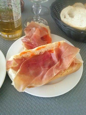 Le Maillol Café : Pan Tomate