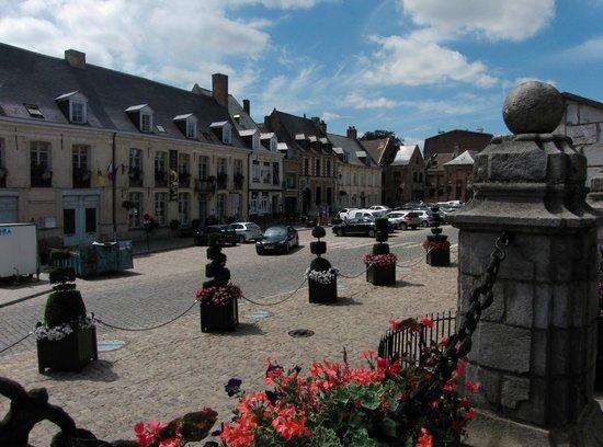 La table du meunier : La grand'Place de Cassel