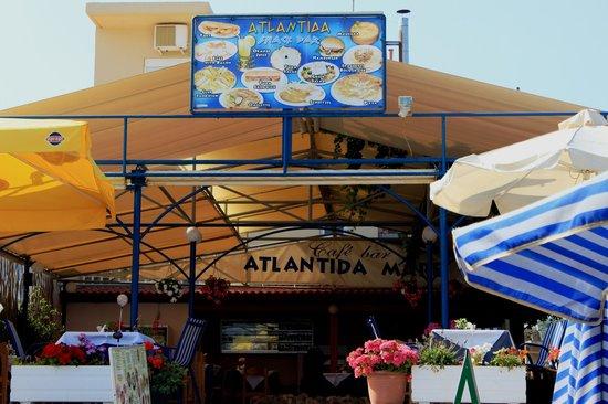 Hotel Atlantida Mare: taverna sulla spiaggia