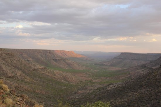 Grootberg Lodge: The Stone River Valley from Grootbergs infinity pool