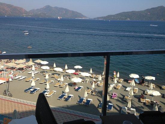 Hotel Marbella: Balcony view