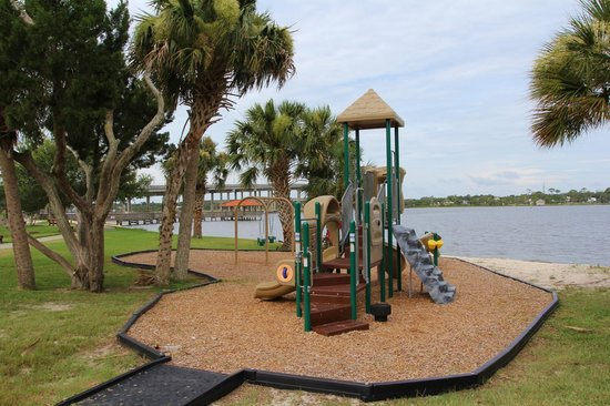 Fortunato Park: Playground